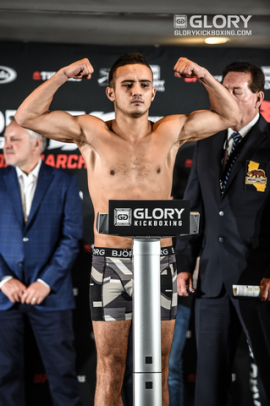 GLORY 52 Weigh-ins19
